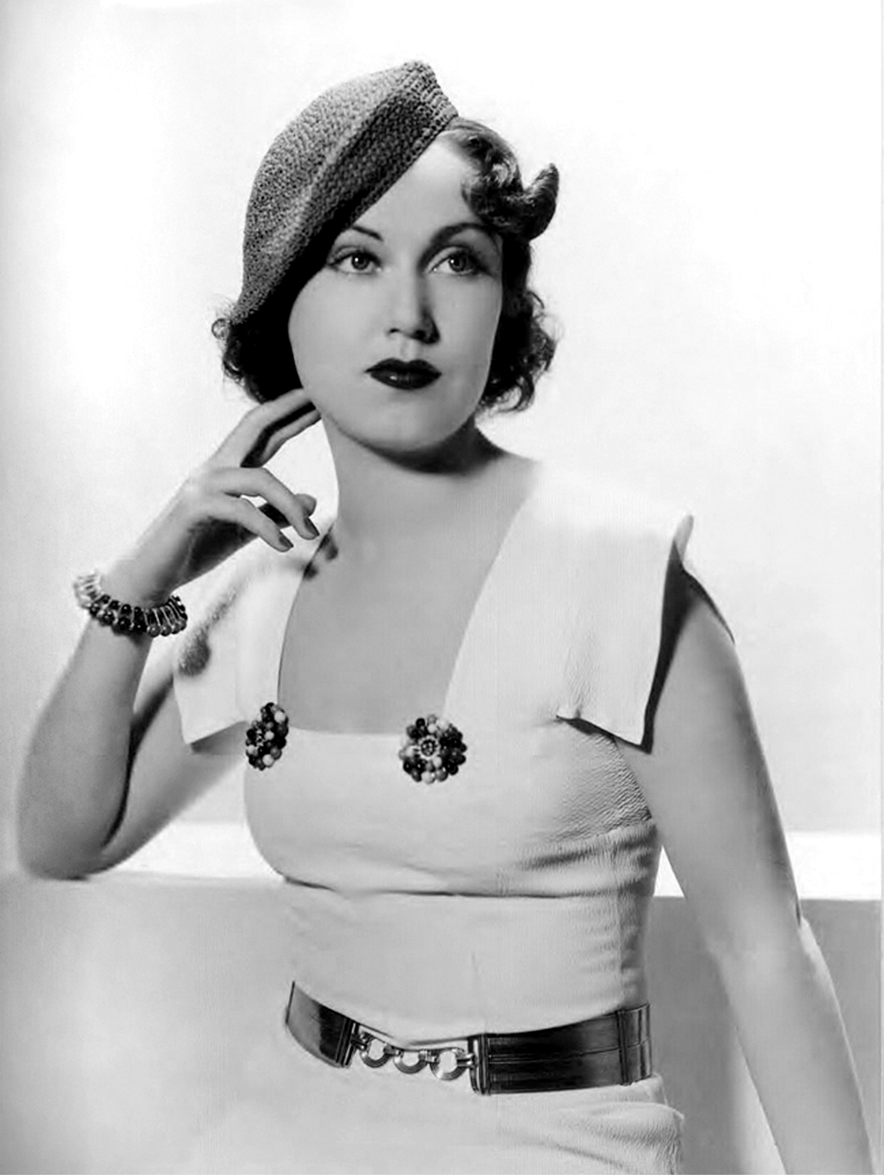 Watch Fay Wray video
